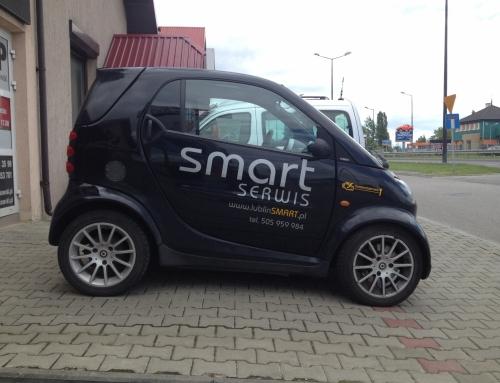 Oklejenie Smarta dla firmy SMART SERWIS